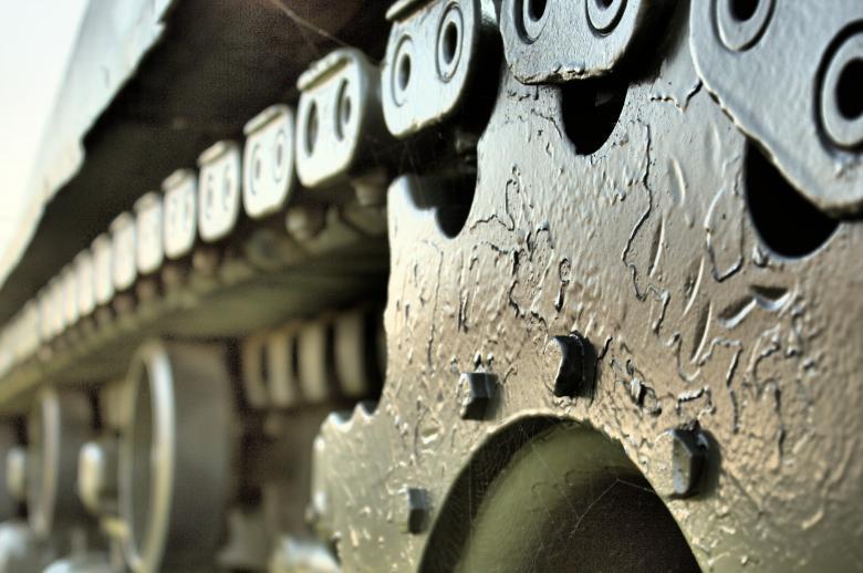 Fresatura tradizionale e CNC
